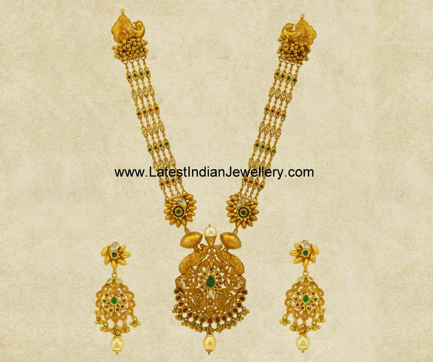 kundans studded long gold necklace