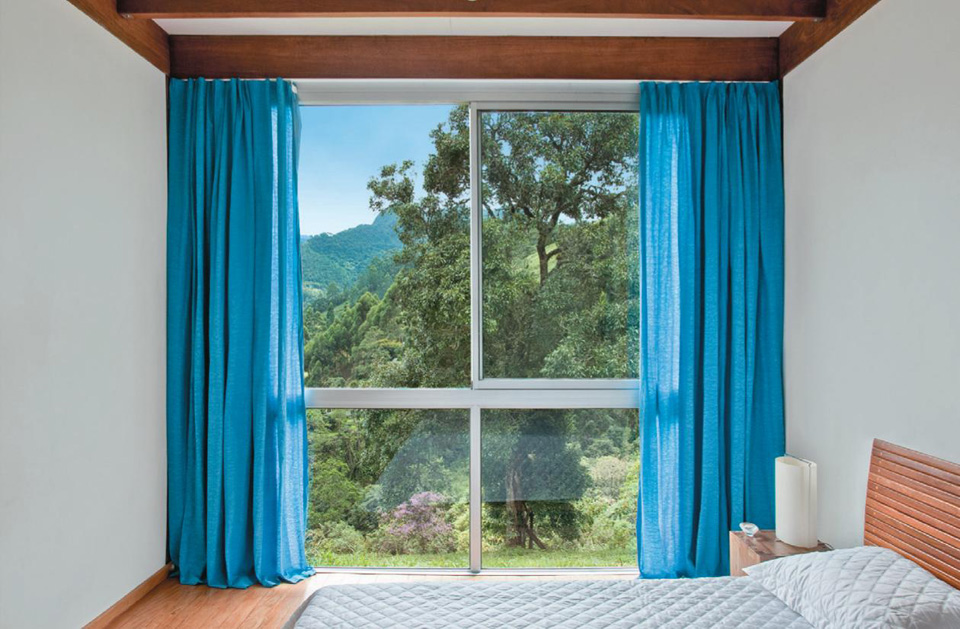 Santa l de casa azul turquesa for Cortinas azul turquesa