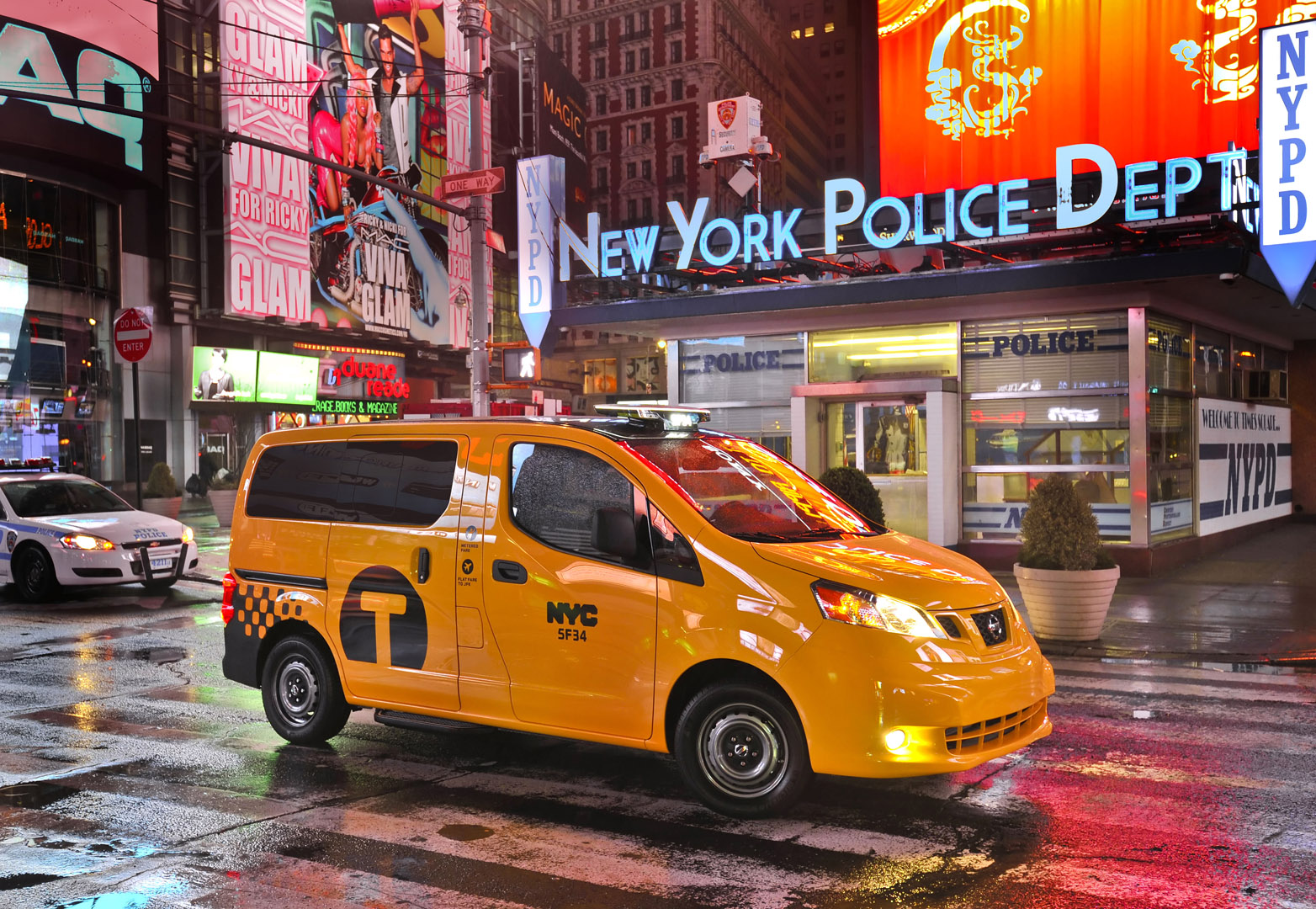 http://2.bp.blogspot.com/-4IHPl4T5Jsk/T_99e52D2wI/AAAAAAAAE2Q/I0EnsHTSKQg/s1600/Nissan+NV200+New+York+Taxi+Hd+Wallpapers+2014.2.jpg