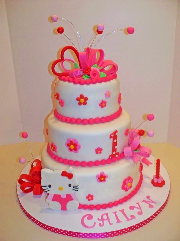 Kue ulang tahun hello kitty tingkat