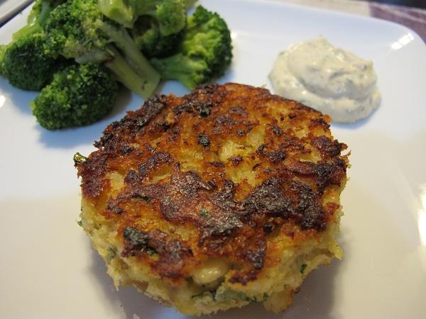 Yackels yummies classic macaroni salad for Old fashioned cod fish cakes