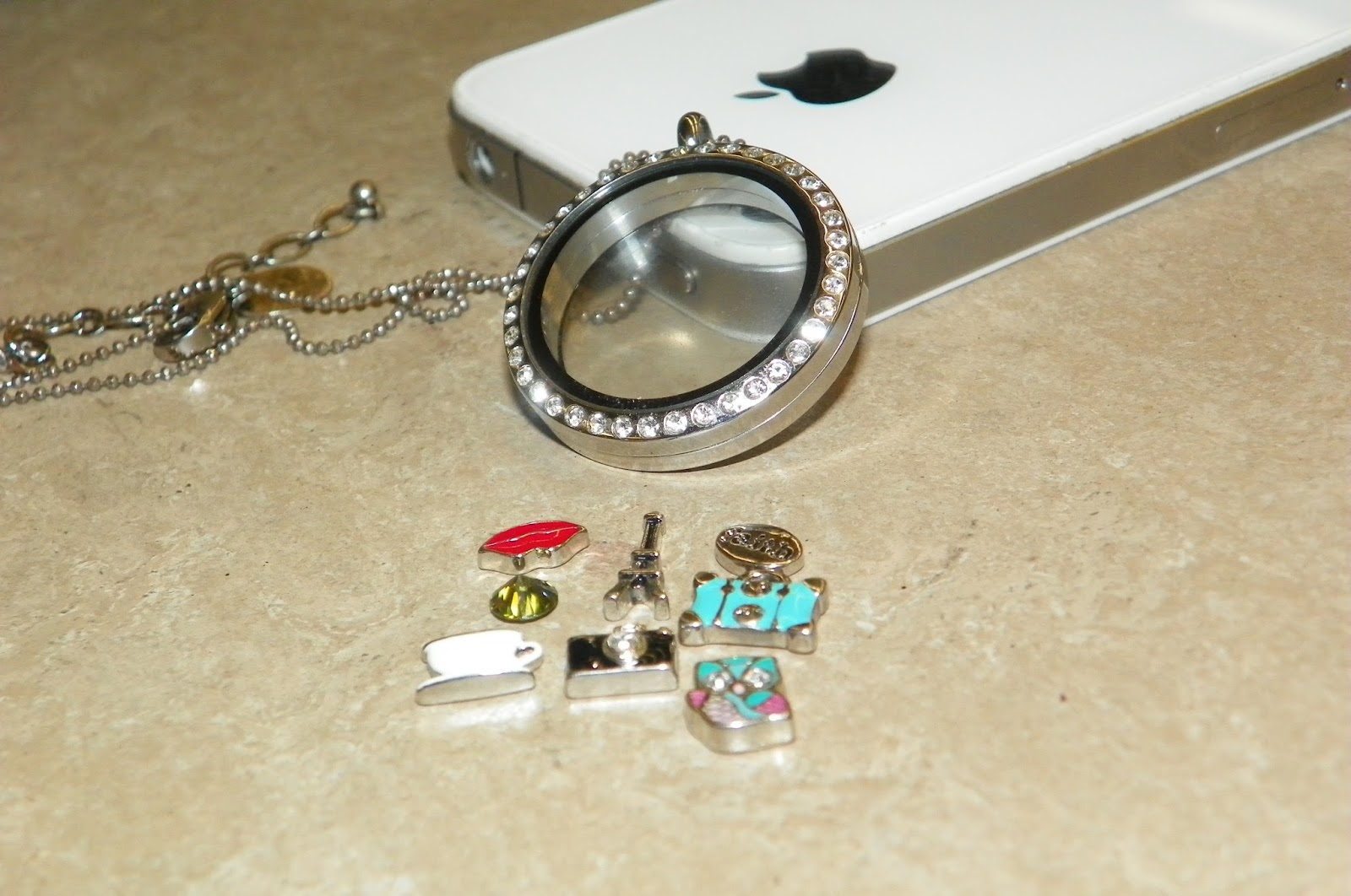 Rachel's Blog : Origami Owl Jewelry - Vision Board - photo#25