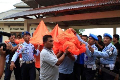 Evakuasi Pesawat Tanpa Awak Jatuh di Bintan Riau