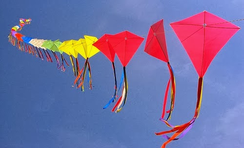 happy makar sankranti flying kites images