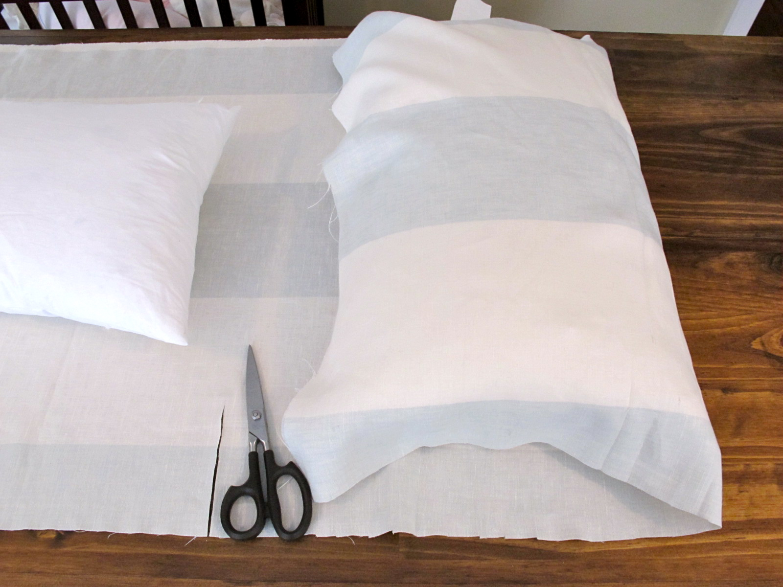 Jenny Steffens Hobick Home How to Make a Pillow Case without a