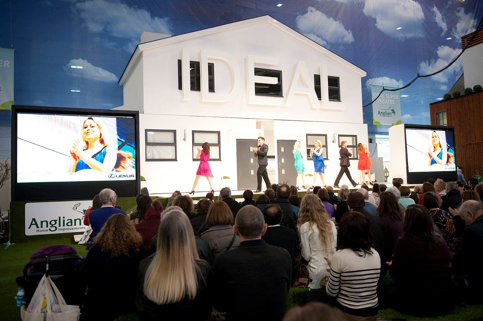 Ideal Home Show in the North Super Theatre