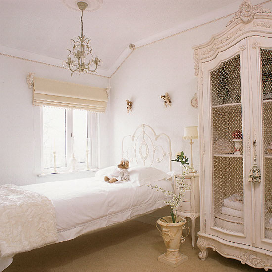 White etheral bedroom color bed chandelier romantic linens for Modern vintage bedroom designs
