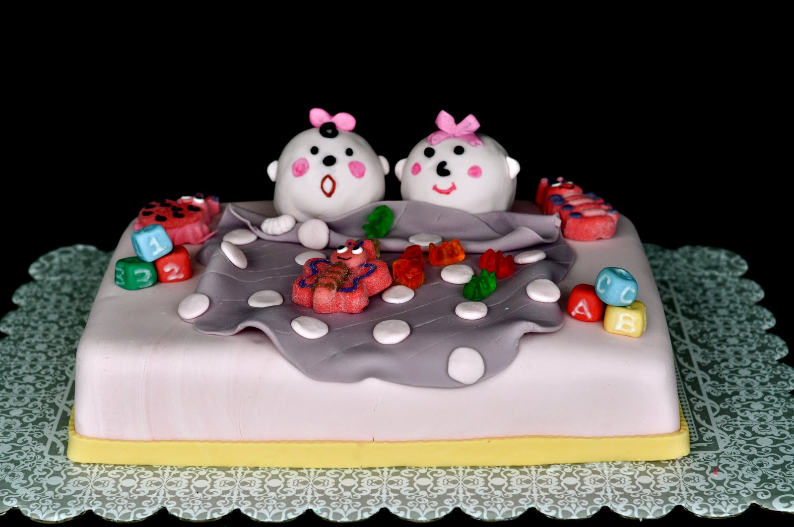 Cake Images For Twins : Cakes by Mara: Twins