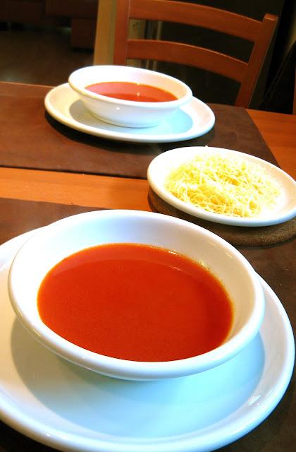 Milovaná paradajková polievka