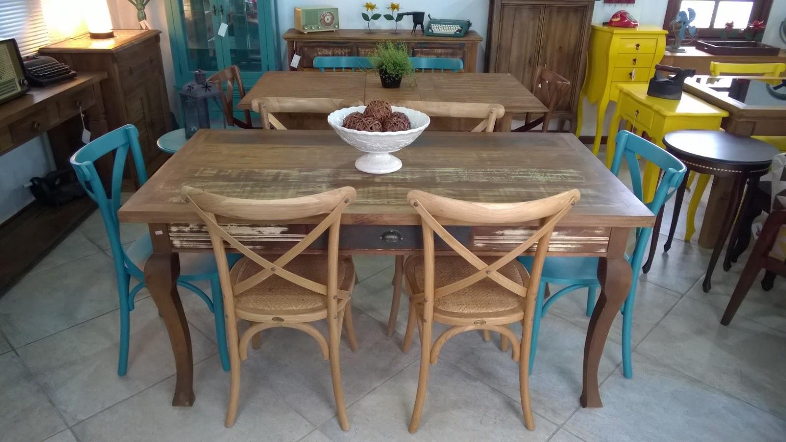 Casa Mix: Mesa em madeira de demolição com cadeiras de carvalho  #956D36 1600x900