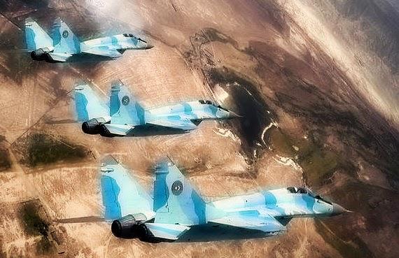 Азербайджан поднял в воздух истребители