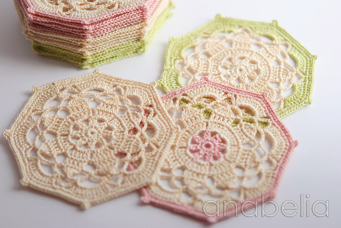 Crochet coasters sets, a perfect DIY gift