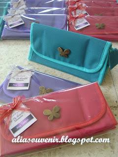 souvenir dompet