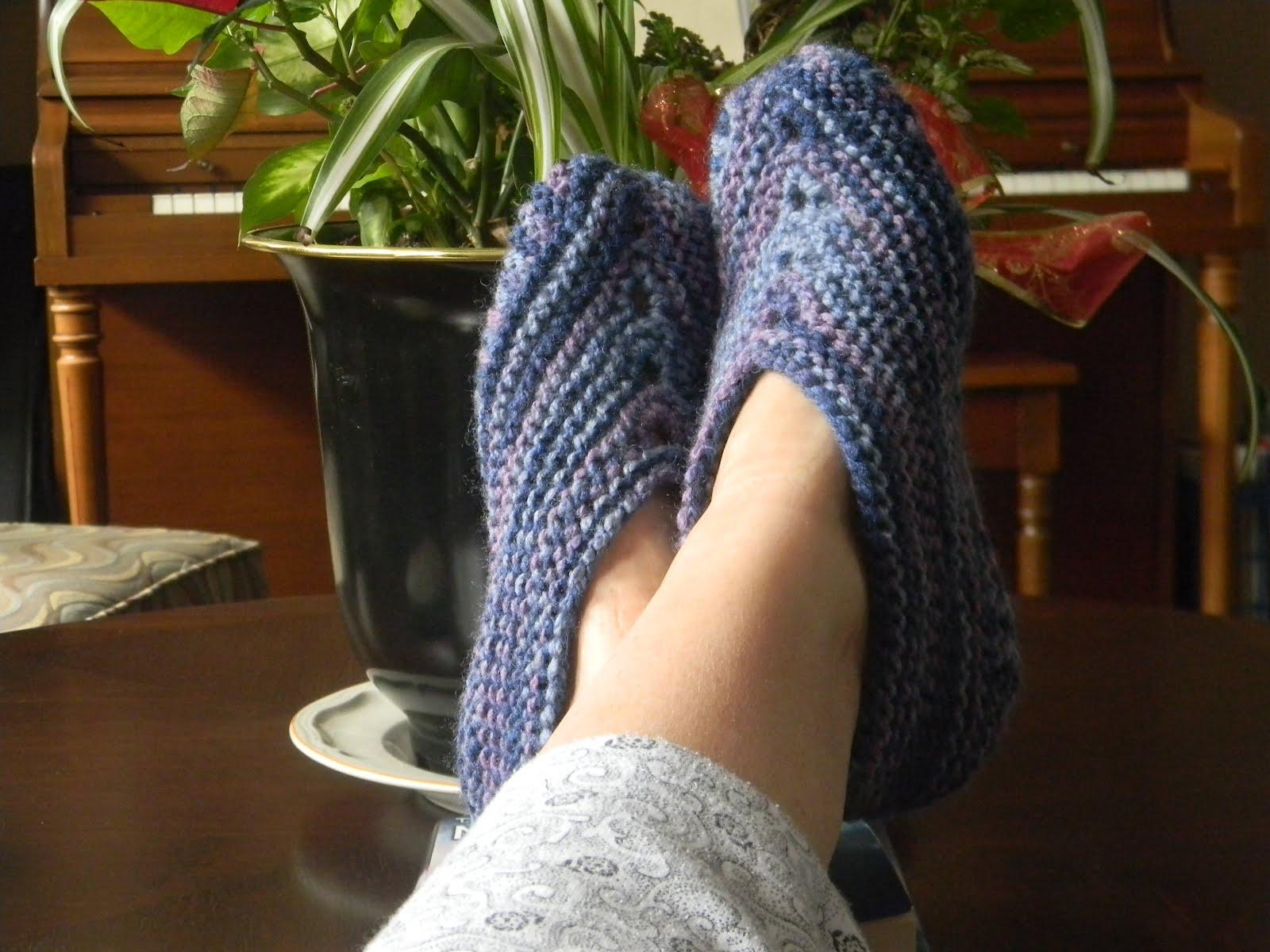 Knitting Patterns For Slippers Phentex : RunAwayKnitter