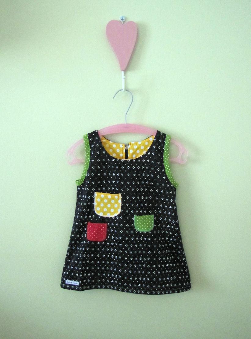 Tuulentupanen  Pienen tytön iloinen mekko a64f674afa