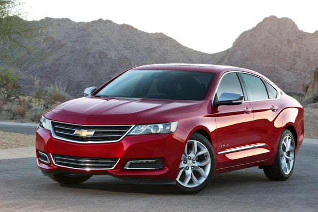 Front 3/4 view of 2014 Chevrolet Impala