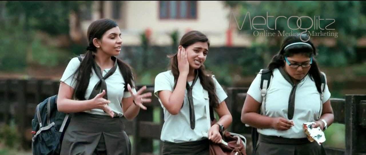 Ohm Shanthi Oshaana - Nazriya & Friends