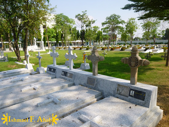 Ayutthaya Historical Park - Cemetery near St. Joseph Church