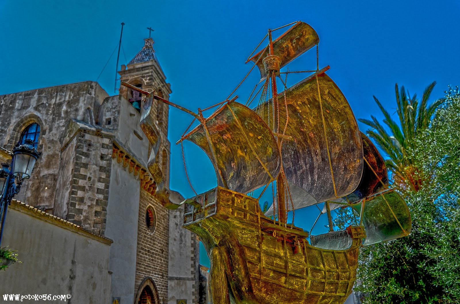 Carabela Santa María y Parroquia Ntra. Sra. de la O en Rota