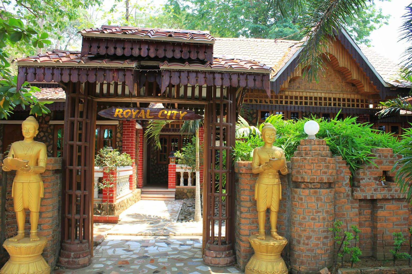 b 39 s travel scrapbook sleeping in mrauk u myanmar. Black Bedroom Furniture Sets. Home Design Ideas