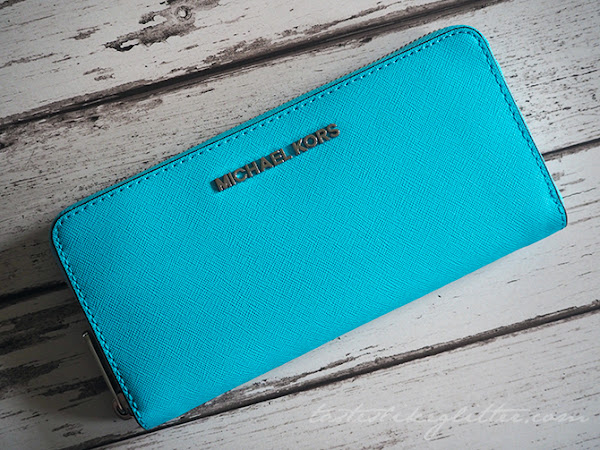 Michael Kors Jetset Zip Around Purse - Aquamarine.