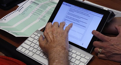vote using the ipad voting machine