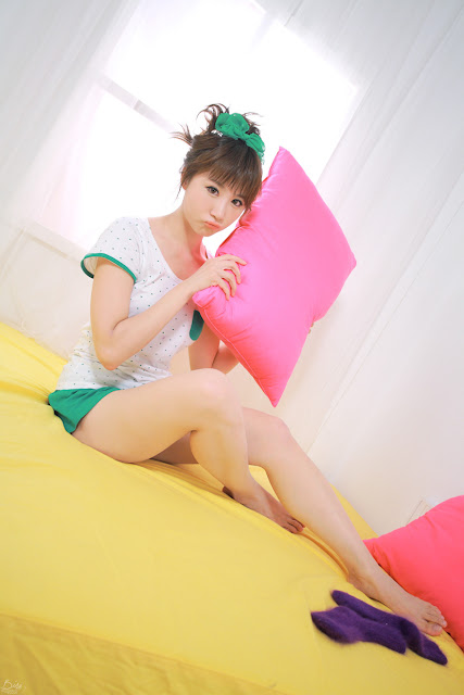 5 Yeon Da Bin - White and Green-Very cute asian girl - girlcute4u.blogspot.com