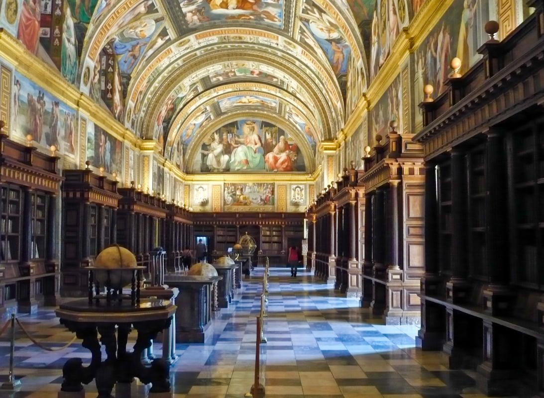Blog del ies poetas andaluces monasterio y sitio de el for Biblioteca iglesia madrid