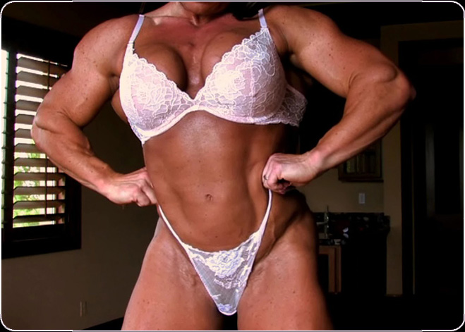 Flexing my huge sexy muscular physique in matching bra and thong lingerie!