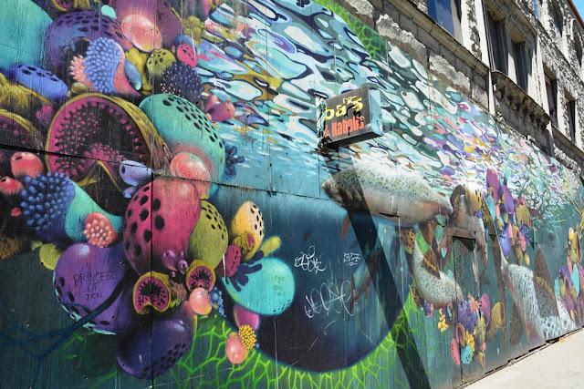 Seattle graffiti 2nd avenue
