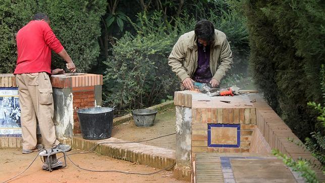 Jos valent n jardiner a serveis de neteja i manteniment for Instalacion electrica jardin