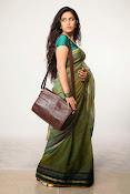 Avika Gor Glamorous photos in saree-thumbnail-5