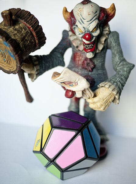 Rubik DODECAHEDRON 2x2x2 Terror Clown