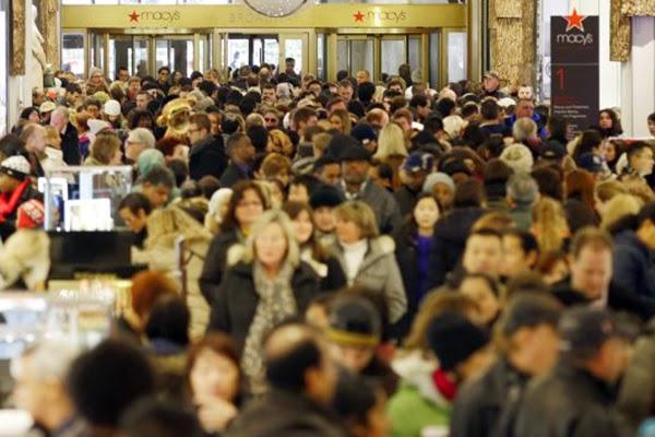 جنون التسوق في يوم الجمعة السوداء في صور