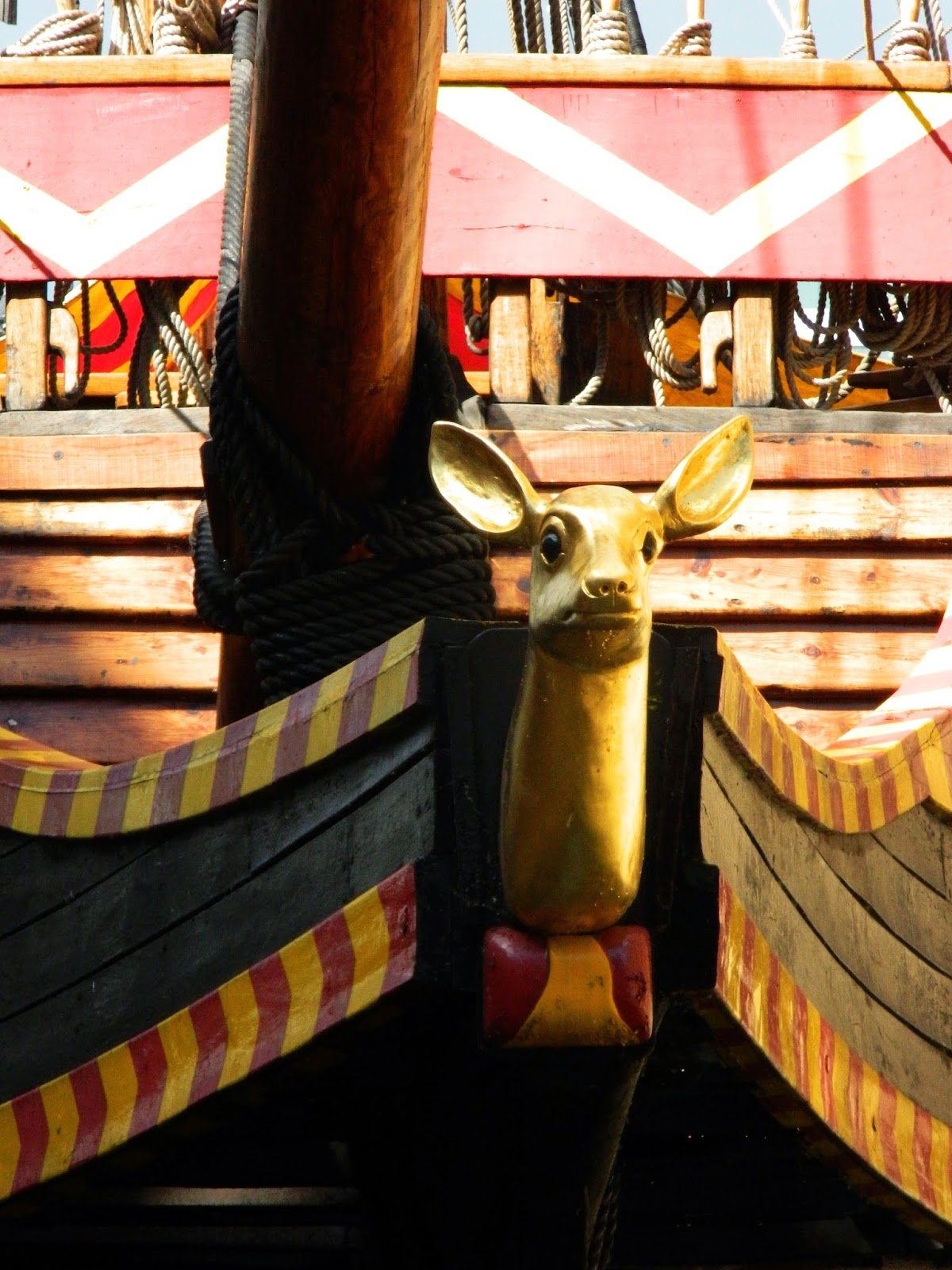 pirate ship london front deer head gold