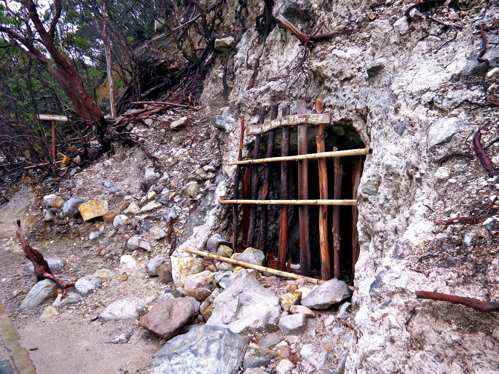 Kawah putih bandung sulphur mine