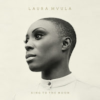 Su disco: Sing to the moon