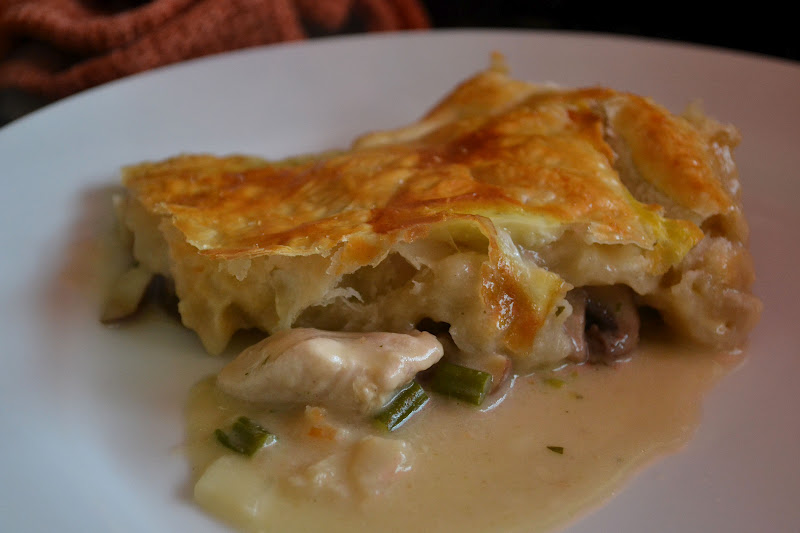 COMFORT BITES BLOG: The Ultimate Family Chicken Pie