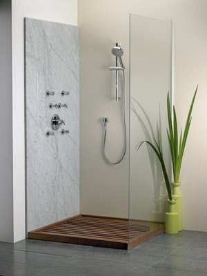 moderne Dusche Holzboden