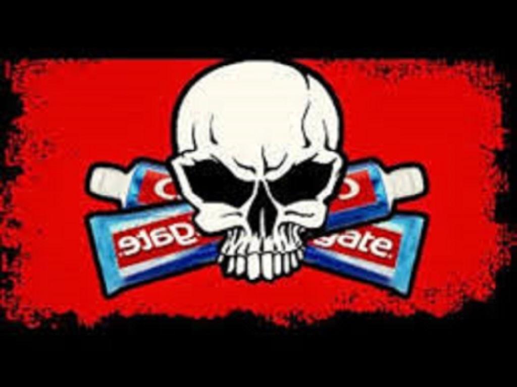 ¡¡CUIDADO!! nos están envenenando con las pastas dentales