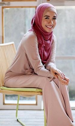 Model%2BBusana%2BMuslim%2BModern%2Bala%2BLaudya%2BChintya%2BBella trend fashion busana muslim modern ala laudya chintya bella,Model Busana Muslim Laudya Chintya Bella