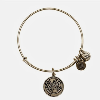 New York Yankees MLB Primary Logo Charm Bangle