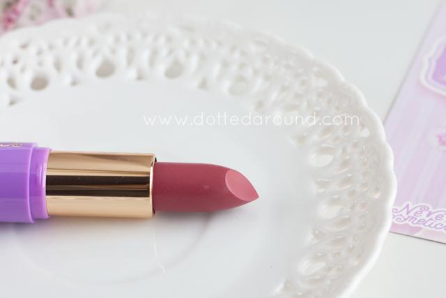 neve cosmetics rossetto swatch sakura mochi dessert a levres