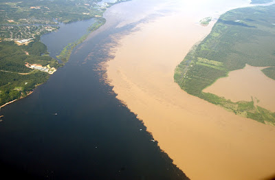 Confluence of Rio Negro and the Amazon: the waters of the rivers don't mix for nearly 6 km!