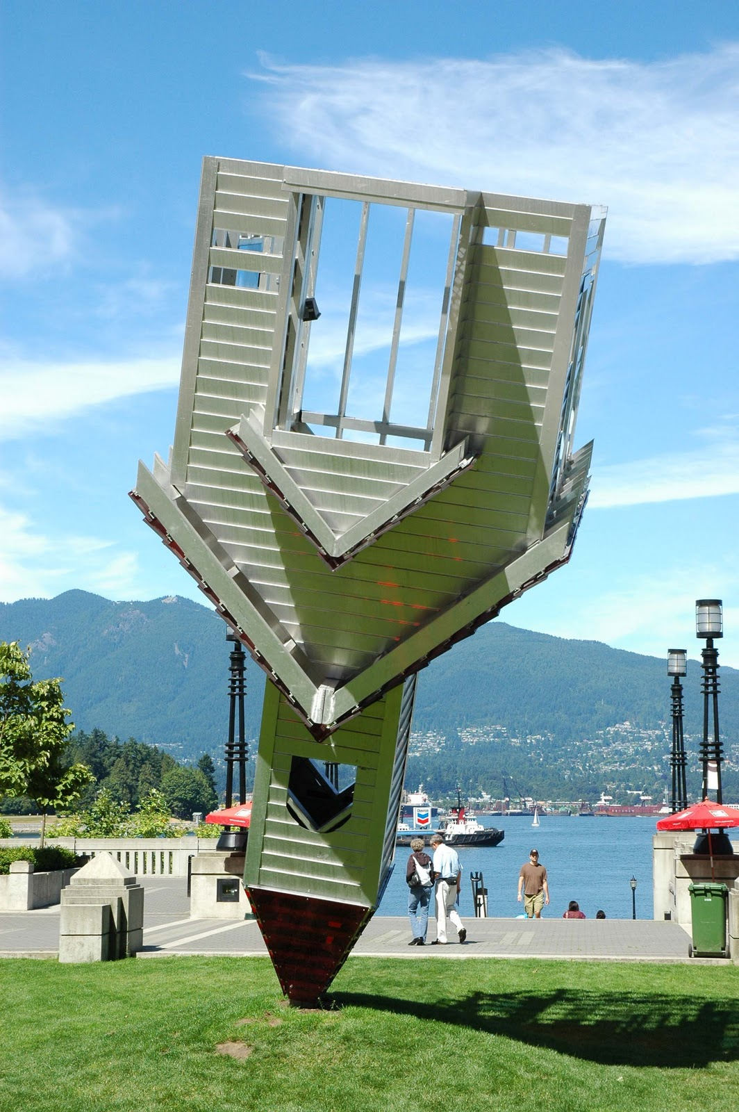 http://2.bp.blogspot.com/-4NkzRjLveGo/TogolQg-RWI/AAAAAAAACmw/b9CnMXvVlgo/s1600/Evil+Vancouver+Canada.jpg4.jpg