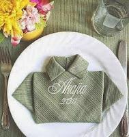 http://manualidadesparaninos.biz/origami-servilletas-camisa/