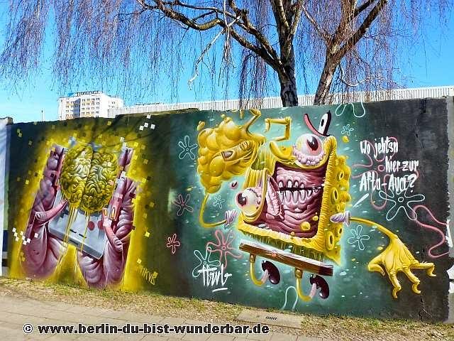 berlin, streetart, graffiti, kunst, stadt, artist, strassenkunst, murale, werk, kunstler, art, HRVB TheWeird
