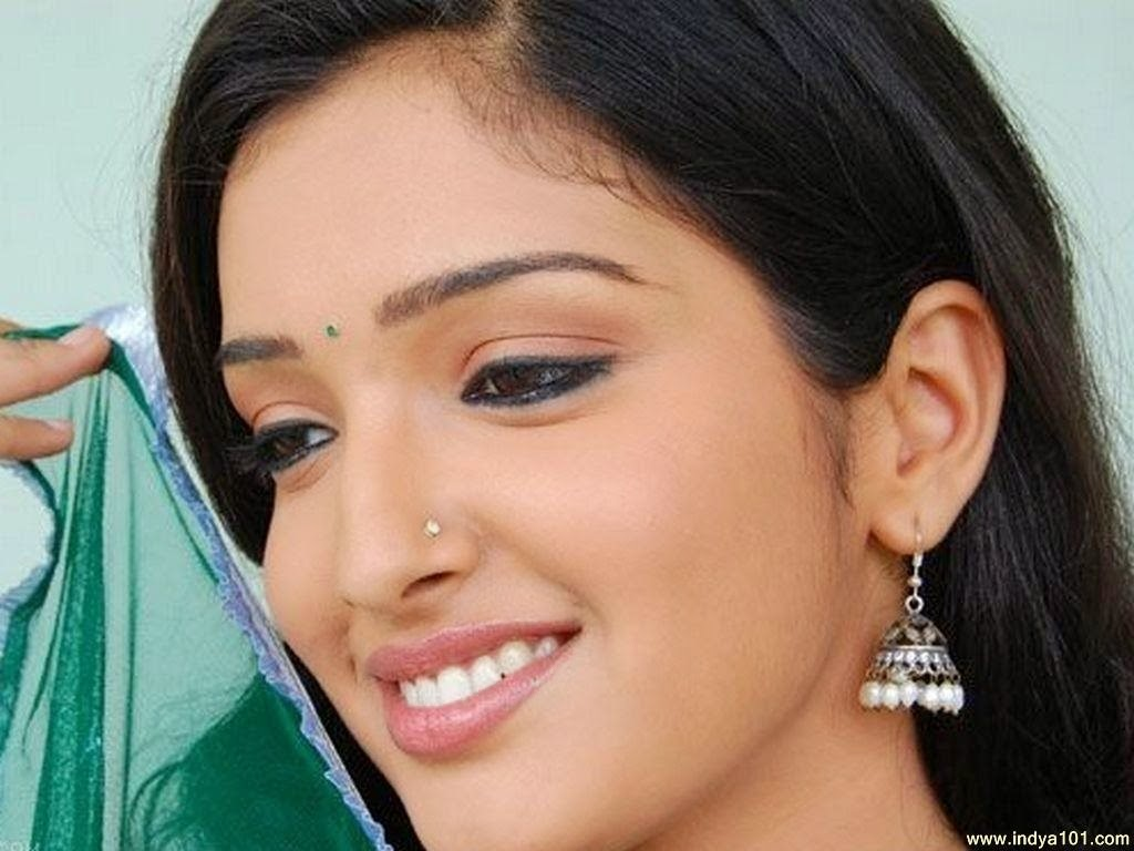 Bhojpuri Actress Amarapali Dubey