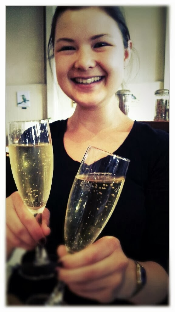 HI FIVE IT'S FRIDAY! Double bubbles for twelve bucks 4pm-7pm