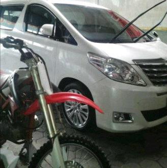 sewa mobil new Alphard di Mitatrans Yogyakarta